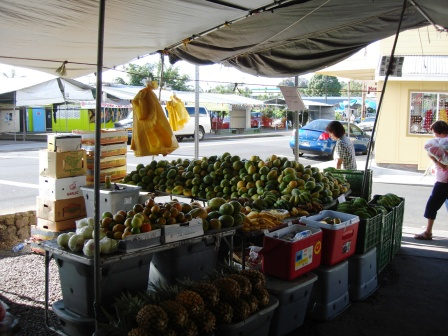 Papayas at Farmers Market in Hilo, Hawaii